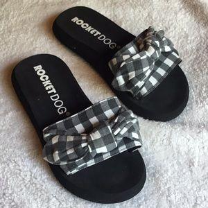 Shoes - ROCKETDOG BUFFALO PLAID SLIDES SIZE 9